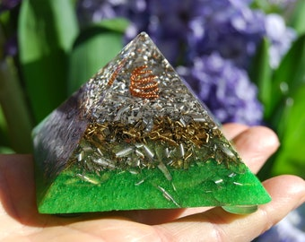 Giza Orgonite® Pyramid  Clear Quartz Crystals Copper Coil