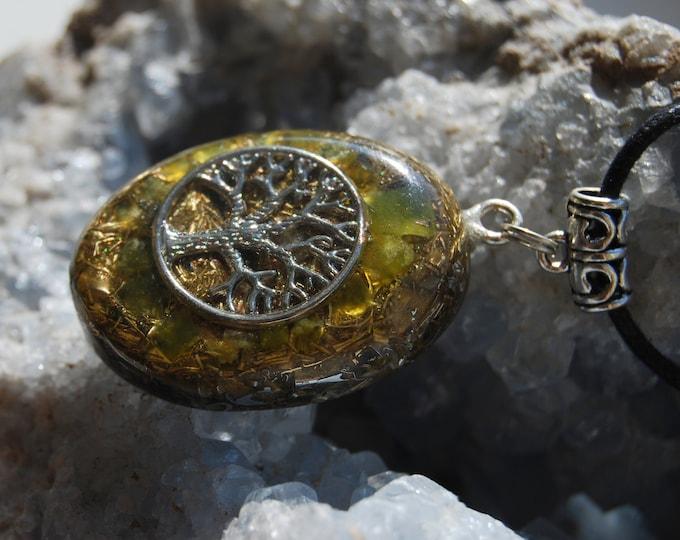 Tree of Life Orgonite® Orgone Pendant green Jade