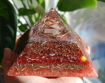 Unique Orgonite® Pyramid with Labradorite