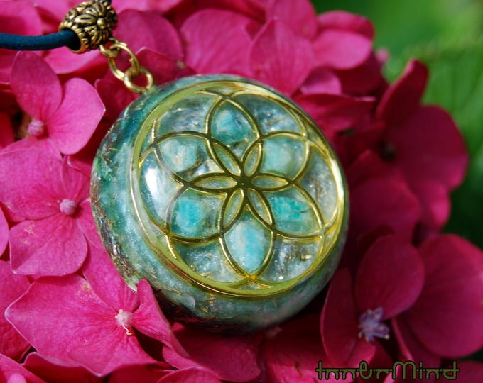 CUSTOMIZED Orgonite® Orgone Pendant  Seed of Life or Torus  == Choose your OWN gemstones and color ==