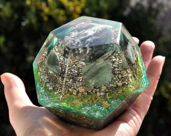Large Dodecahedron Orgonite®  with Moss Agate and green Aventurine - 553 grams - FREE Shipping !