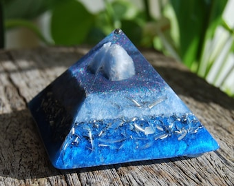 Orgonite® Pyramid with Blue Calcite Cheops Giza