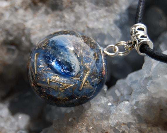 Blue Kyanite Orgonite® Pendant Small Unisex - FREE Shipping !