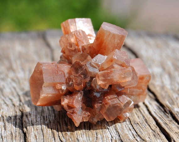 Raw Aragonite Star Cluster, Sputnik Crystal, 24 grams - 0.84 Oz  FREE Shipping !