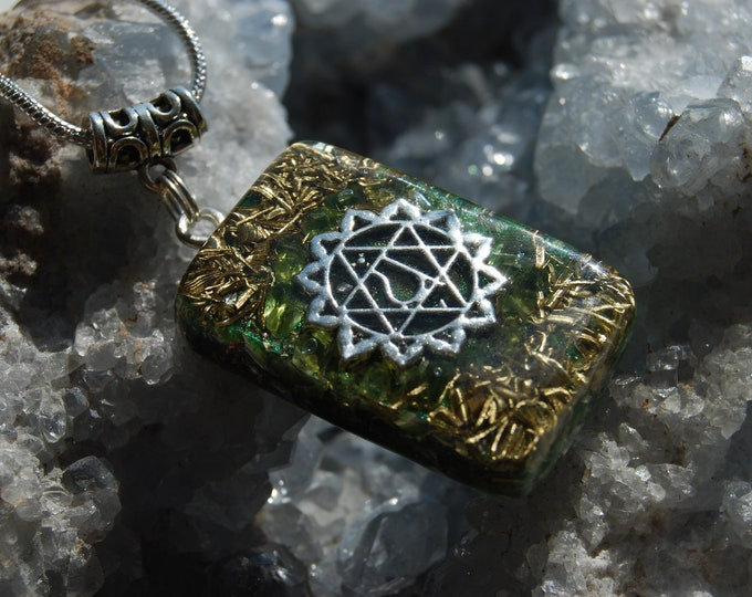 Heart Chakra Orgonite® Orgone Pendant Necklace Peridote