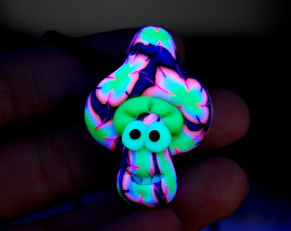 Clay UV Cute Mushroom Necklace that Glows in Blacklight, Handsculpted Pendant