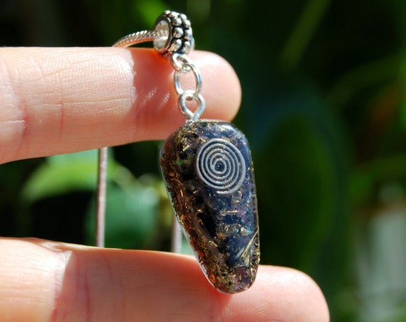 Spiral Coil Orgonite Orgone Pendant with Amethyst