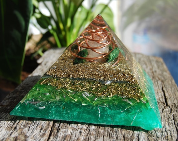 Raw Fuchsite Orgonite® orgone Pyramid