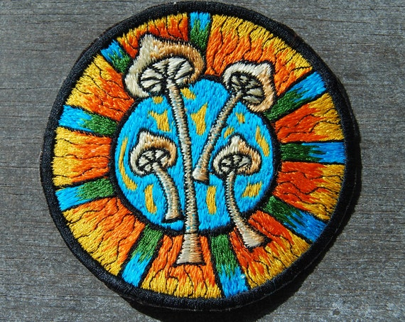 FREE Shipping ! Sew on Mushrooms Patch Embroidered Embroidery for Clothing