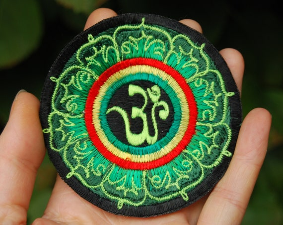 UV AUM Patch Embroidered Sew on Applique Blacklight