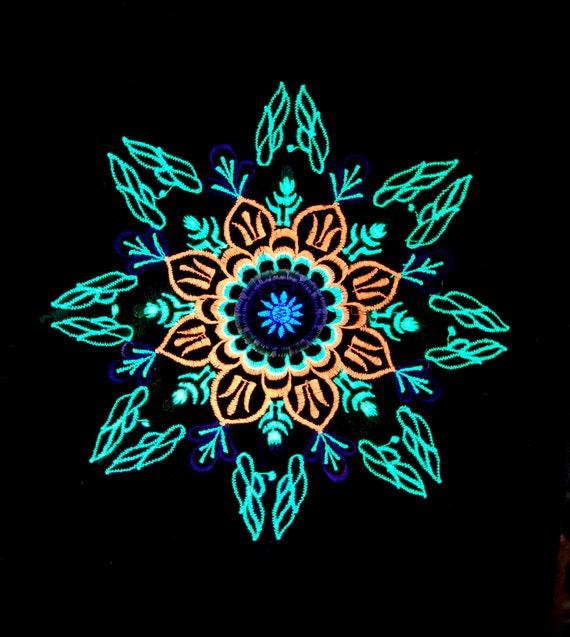UV Blacklight Organic Flower Mandala T-Shirt Embroidered