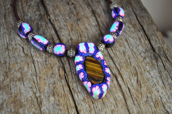 UV Active Blacklight Necklace with Tiger Eye