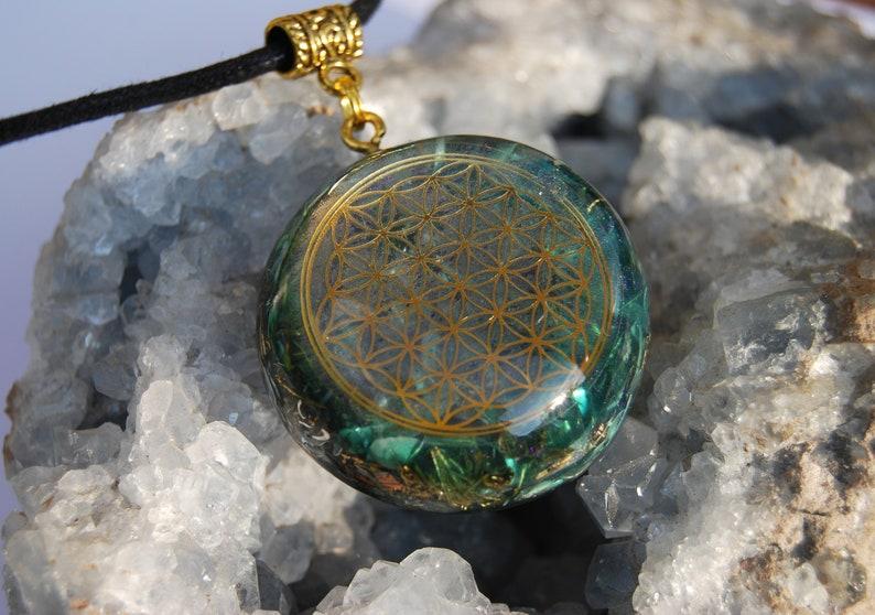 Flower of Life Orgonite\u00ae Pendant Necklace with raw green Tourmaline Unisex