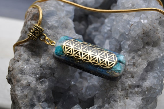 Chrysocolla Orgonite® Necklace, FLower of Life pattern, Oblong  -  FREE Shipping !