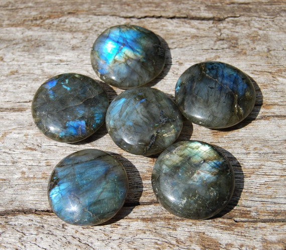 UFO Labradorite Round Discs, Flash Labradorite, Small Palm Stone, Polished 30 mm, 3 cm from Madagascar