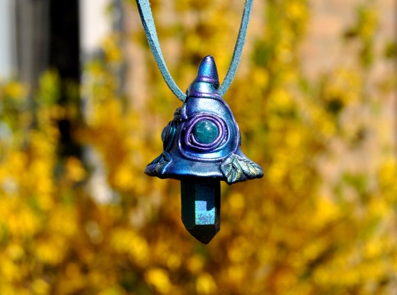 Magic Mushroom Necklace with Aura Quartz Crystal and Blue Apatite - Unisex - FREE Delivery !