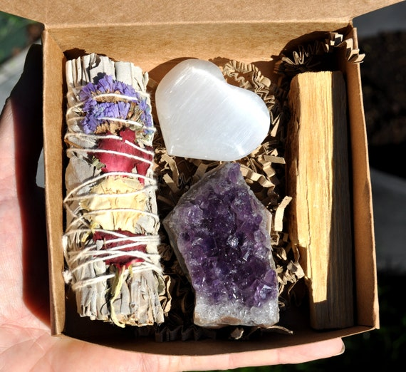 Floral White Sage + Amethyst Crystal + Palo Santo Smudging Set + Selenite Heart, Energy Cleansing Purification New Home FREE DELIVERY