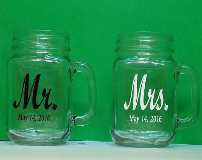 NokNoks Mr. & Mrs Mason Jars, 2 Personalized drinking jars with handle, Engraved, Wedding, Anniversary, 16 oz