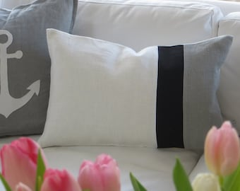 Linen Pillow colour blocking in black/white/grey