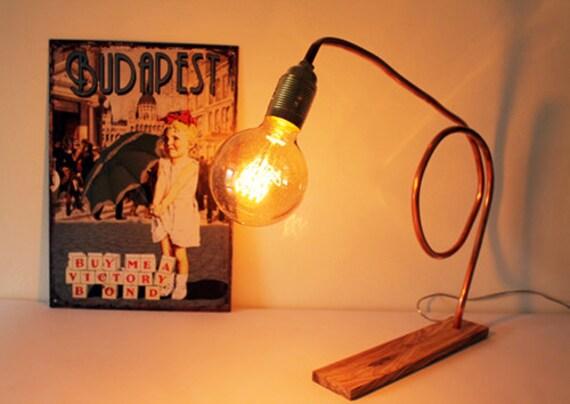 Lampada da tavolo in rame e legno dulivo. portalampada etsy