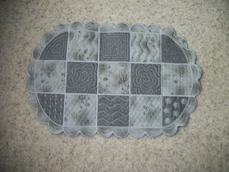 excellent way to use all year long. Reversible 24-inch table runner or centerpiece