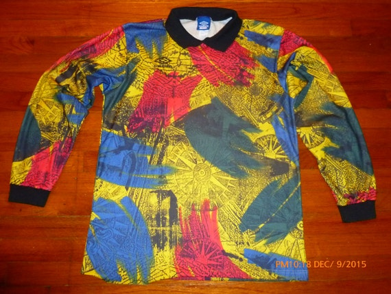 Vintage Aztec abstract print Umbro Soccer   Goalie jersey size  93f4f7280