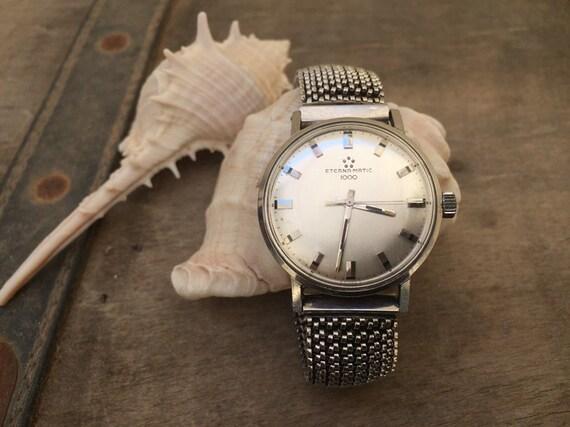 Vintage watch-men watch-vintage men-vintage man-vi