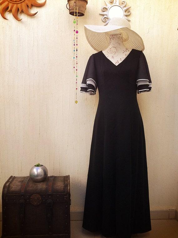 Vintage clothing-vintage dress-vintage maxi dress-