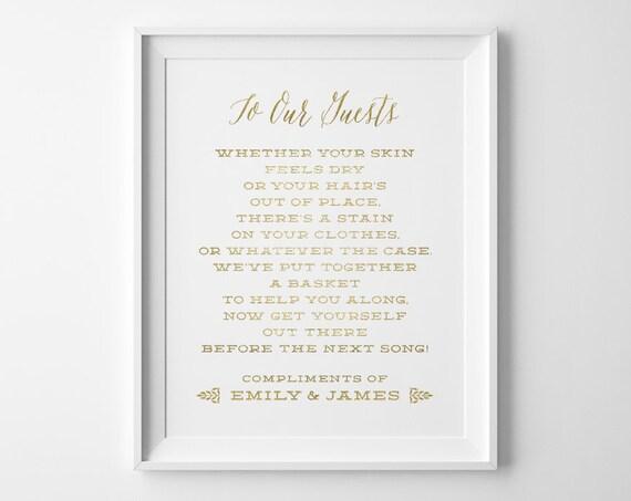458331c73b1417 Beach Wedding Signs Bathroom Wedding Sign Bathroom Basket