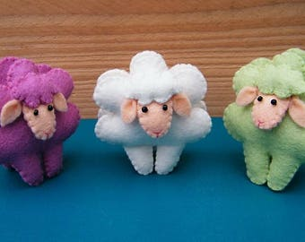 Easter decorations - Sweet sheep - DIY felt kit