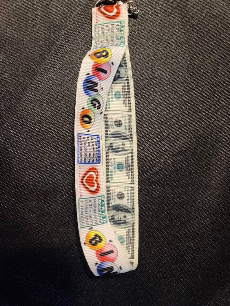 Bingo small lanyard with money charm