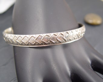 VINTAGE BANGLE BRACELET  Patterned Sterling Silver