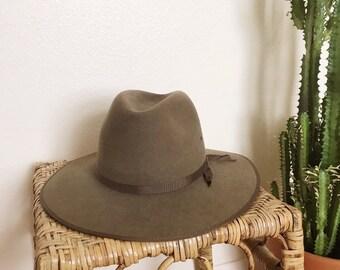 bc4fc235 Vtg Brown/Tan/Olive Akubra Australian Outback Country Western Felt Wool Cowboy  Hat, Aussie Brim Hat, Size Medium, Unisex Hat