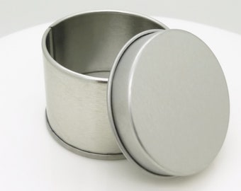 """2"""" Round x 1.5 inches tall, Trinket Tin for use with the bead pattern"""