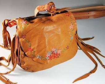 Elk Hide Shoulder Bag, Hand Embroidered, Crossbody Bag, Retro Hippie Bag, Fringed, Western Style
