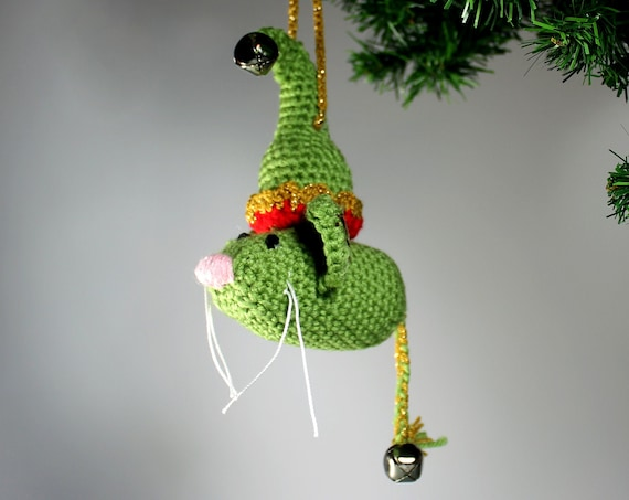 Elf Mouse Christmas Ornament, Christmas Elf, Crochet, Green and Gold, Holiday Decor, Christmas Decoration