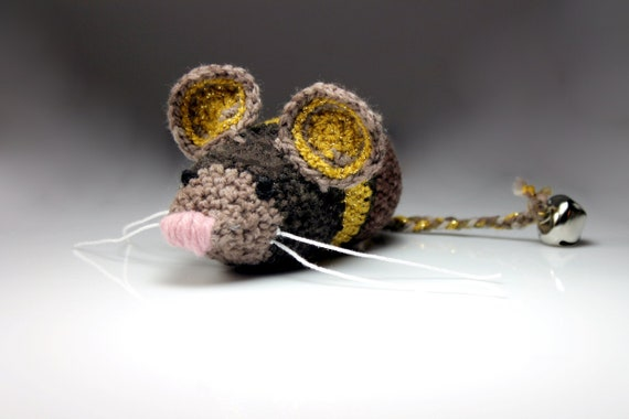 Cat Toy, Catnip Mouse, Mouse With Bell, Brown and Gold, Crocheted, Pet Toy, Organic Cat Nip, Pet Accessory