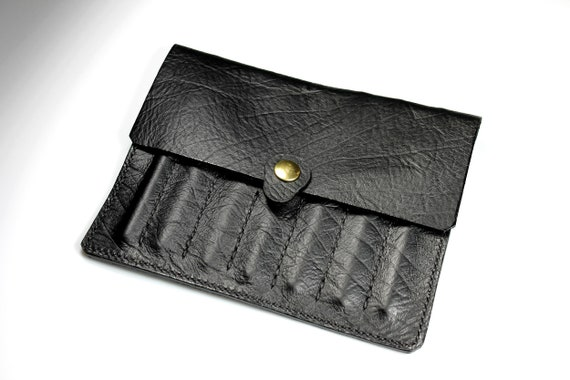 Leather Crochet Hook Case, Black, Crochet Accessory, Holds 7 Hooks