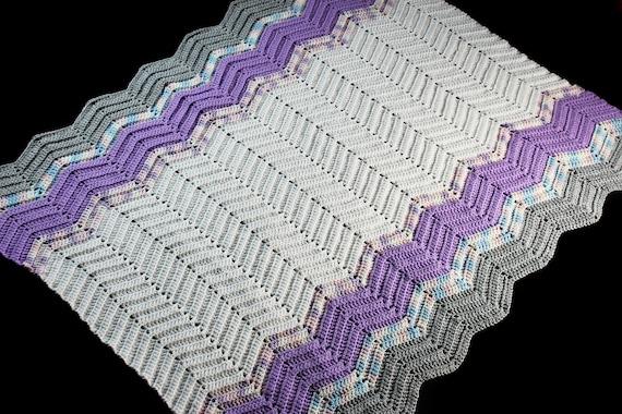 Crochet Ripple Baby Blanket, White and Purple, Baby Throw, Stroller Blanket, Crib Blanket, Baby Shower Gift