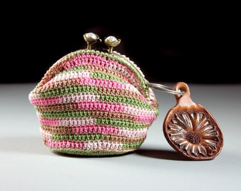 Crochet Coin Purse, Kiss Closure, Metal Goldtone Frame, Multicolored, Coin Pouch, Handmade, Hand Tooled Leather Charm