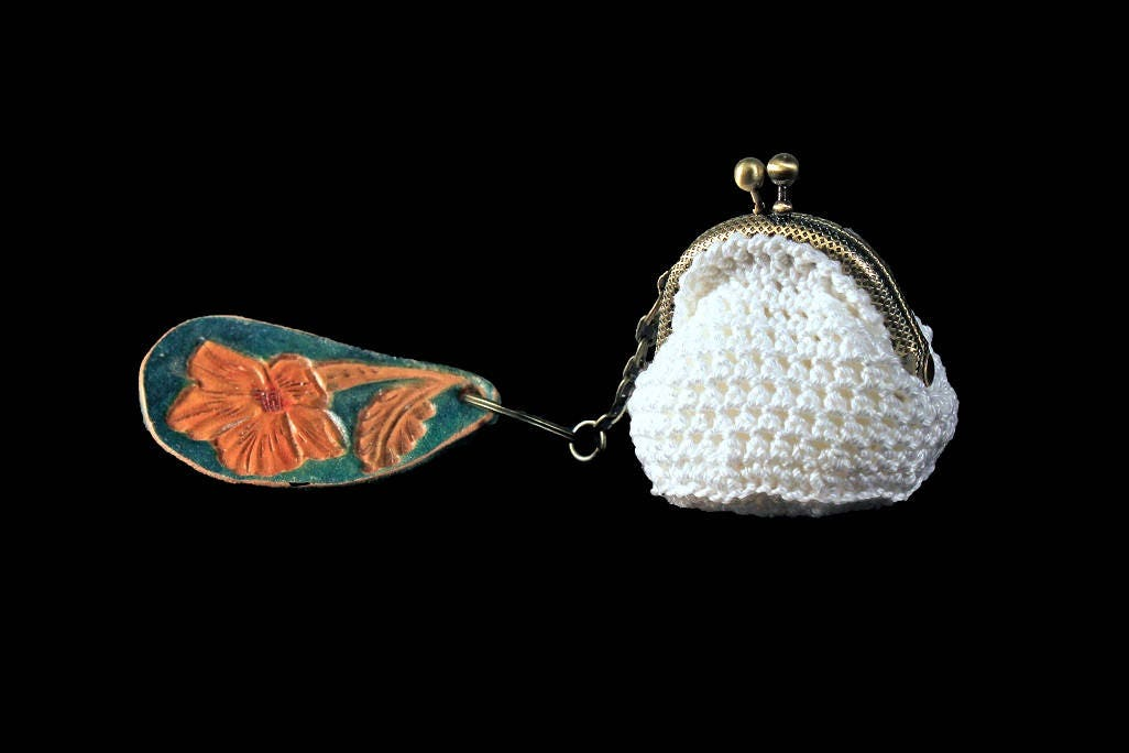 a10ef9c66 Crochet Mini Coin Purse, White Coin Purse, Hand Tooled Leather Key ...