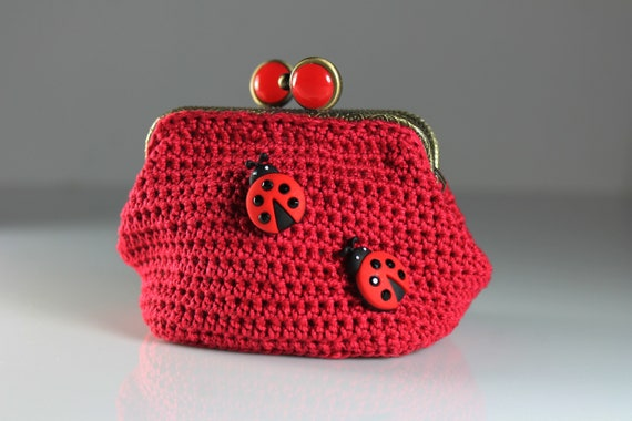 Crochet Coin Purse, Ladybug, Red, Kiss Closure, Metal Goldtone Frame, Coin Pouch, Handmade