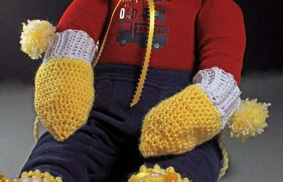 Baby Mittens, Crochet, Yellow Mittens, Unisex Mittens, Handmade, Infant Winter Mittens, 0-3 months, Hand Twisted String, Baby Shower Gift