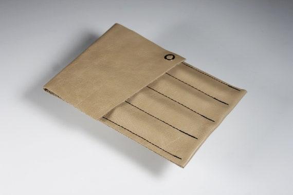Leather Crochet Hook Case, Brown, Crochet Accessory, Holds 4 Hooks