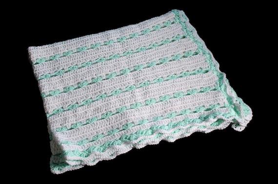 Crochet Baby Blanket, Shell Design, White and Aqua, Baby Throw, Stroller Blanket, Crib Blanket, Baby Shower Gift
