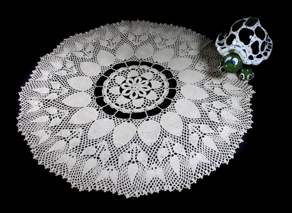 Crochet Doily, 22-inch, Ecru (Natural), Round, Crochet Mat, Crochet Lace, Table Decor
