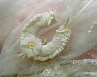 Wedding Horseshoe Traditional  'Goodluck' Charm - Wedded Bliss - Bridal Charm - Australian Seller