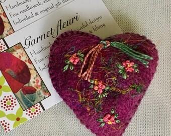 Heart Brooch - Felted Heart Pin - Embroidered Felt Brooch - Scarf Pin -  Valentine - Australian Seller