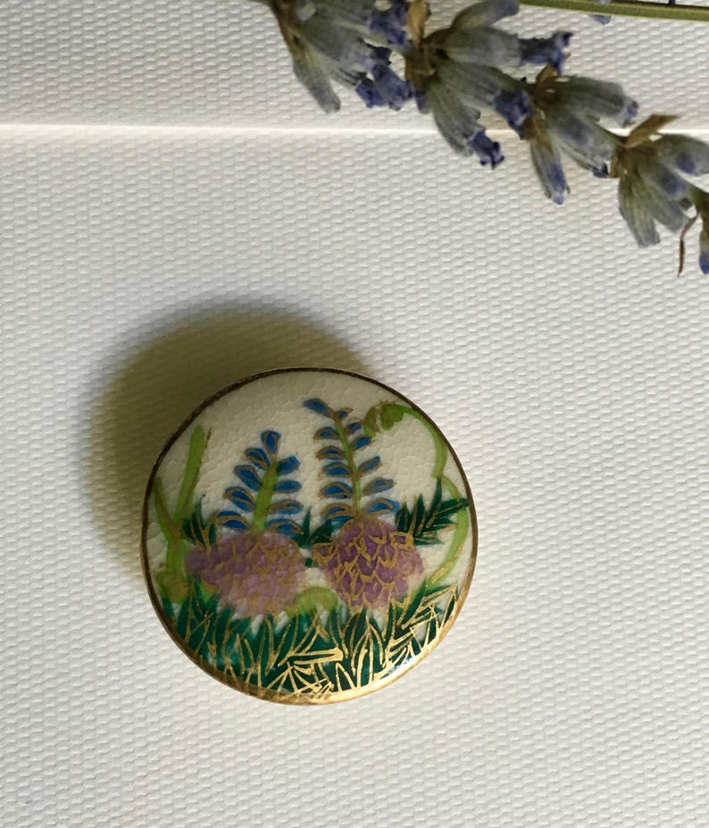 Satsuma Hand Painted Button  Vintage Hand Painted Button  image 0