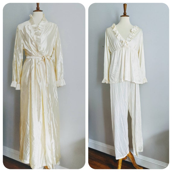 Vintage Lingerie, Ivory Nightgown, Nightgown, Peig
